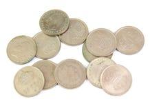 Bündel alte spanische Münzen lokalisiert auf einem Weiß Stockfoto