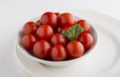 Bündel kleine Tomaten Stockfotos