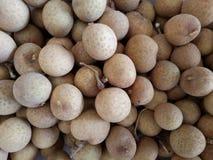 Bündel Longan-Frucht Lizenzfreie Stockbilder
