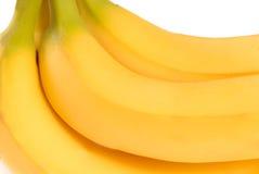 Bündel reife köstliche gelbe Bananen Stockbild