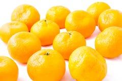 Bündel-Tangerine (Mandarine) auf weißem Hintergrund Lizenzfreies Stockfoto