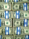 Bündel US. Ein Dollarscheine Stockbild