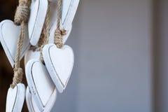 Bündel weiße Herzen Lizenzfreies Stockfoto