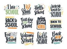 Bündel zurück zu Schulaufschriften handgeschrieben mit Kursivguß und mit den stationären oder Schreibenswerkzeugen verziert set stock abbildung