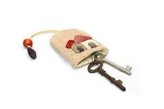 Bündelpatchwork mit altem Schlüssel Stockbild