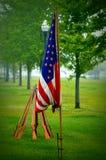 Bürgerkrieg-Tage amerikanische Flagge und Gewehre in einer Runde Lizenzfreie Stockfotos