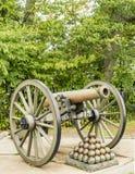 Bürgerkriegkanone memorbilia Geschichtsrelikt stockfotos