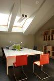 Büro im Dachboden Lizenzfreie Stockbilder