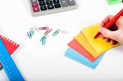 Büro, Schule, Geschäft, Bildung und Technologiekonzept - Clo Lizenzfreies Stockfoto