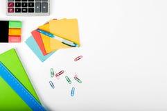 Büro, Schule, Geschäft, Bildung und Technologiekonzept - Clo Lizenzfreies Stockbild