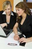 Büro-Teamwork stockbilder