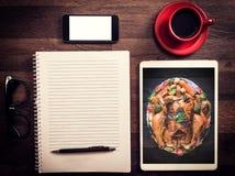 Büro- und Blogkonzept Lizenzfreies Stockbild