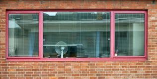 Bürofenster Stockfotos