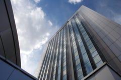 Bürogebäude lizenzfreie stockfotos