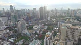 Bürogebäude-Antennen-Gesamtlänge stock video footage