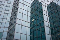 Bürogebäude Windows Lizenzfreies Stockfoto