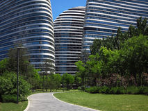Bürogebäudefassade Stockfotos