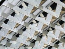 Bürohalogenlampen Stockfotografie