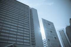 Bürohaus in der Stadt Lizenzfreie Stockfotos