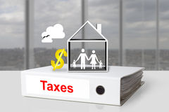 Büromappe besteuert Hausfamilien-Dollarsymbol Lizenzfreies Stockbild