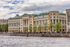 Büromitte des Ölkonzerns LUKOIL in St Petersburg das Haus seines größten Abteilungen ` LUKOIL-Severo-Zapadnefteprodukt` Stockfotos