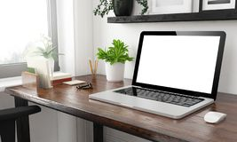 Büromodell des Laptops zu Hause lizenzfreie stockfotos