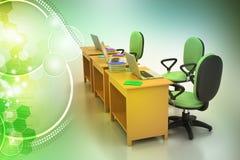 Bürostuhl und Computertabelle Stockfotografie