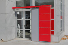 Bürotür in Rotem und in Grauem Stockbild