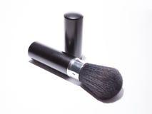 Bürste für das Make-up - lokalisiert auf weißem Hintergrund lizenzfreies stockbild