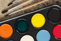 Bürste und Farben Lizenzfreies Stockbild