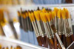 Bürsten für das Malen mit Aquarell, Öl, Gouache, acrylsauer Lizenzfreies Stockfoto