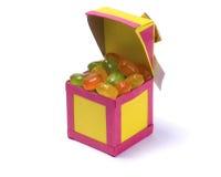 Büttenpapierkasten mit Süßigkeit Stockbilder