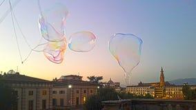 Bąble na powietrzu przed wieczór dziejowy miasto Florence zdjęcie royalty free
