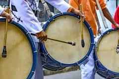 Bębni graczów w Brazylijskim ludowym festiwalu na cześć świętego George Obrazy Royalty Free