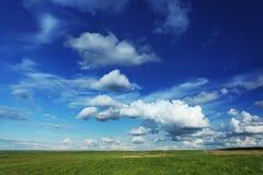 błękit chmurnieje niebo Obraz Royalty Free