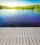 Błękit jasny jezioro Zdjęcia Royalty Free