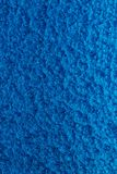 Błękit młotkujący metalu tło, abstrakcjonistyczna kruszcowa tekstura, prześcieradło malujący z młoteczkową farbą metal powierzchn obraz stock