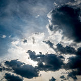 błękit niebo obłoczny ciemny Zdjęcie Royalty Free