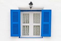 błękit okno domowy lampowy biały Obrazy Royalty Free