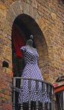 Błękit opierająca się suknia z białą polki kropką Zdjęcia Stock