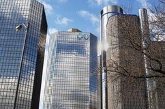Błękit osłony Przecinający Błękitny budynek w Detroit Zdjęcia Royalty Free