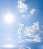 błękit zgłębia niebo Obrazy Royalty Free