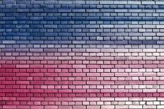 Błękita ściana z cegieł różowy tło Obraz Royalty Free