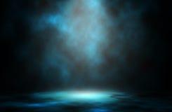 Błękita światła dymu światła reflektorów tło zdjęcie stock