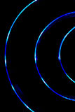 Błękita światła krzywa na czarnym tle Fotografia Stock