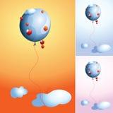 Błękita balon z czerwonymi jabłkami w niebie Zdjęcie Royalty Free