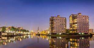 Błękitna godzina w Groningen mieście fotografia stock