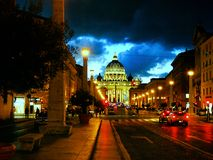 Błękitna godzina w Watykan obrazy stock