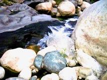 Błękitna Krystaliczna rzeka fotografia royalty free