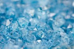 Błękitna kryształu agata kopalina swój zamazany naturalny tło Zdjęcia Stock